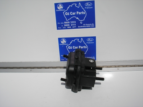 152 V6 ENGINE MOUNTS.JPG