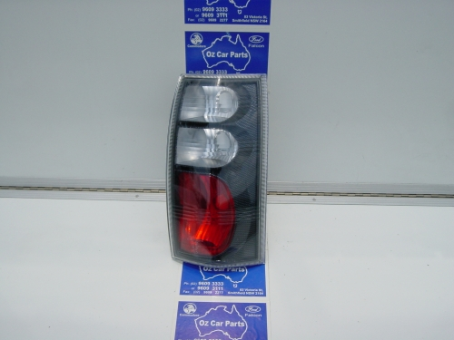 24 WAGON AND UTE CARBON FIBRE TAILLIGHTS.JPG