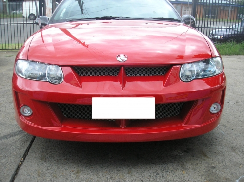 3 VZ CLUBSPORT FRONT BAR TO SUIT VX .JPG
