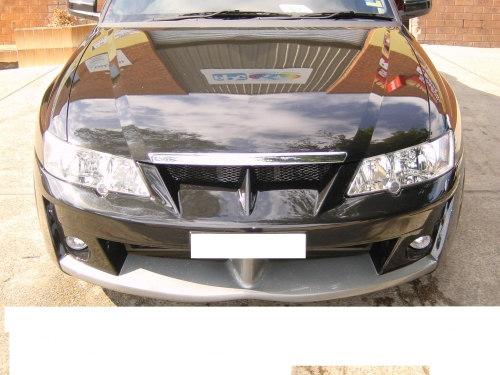 5 VY CLUBSPORT WAGON FRONT BAR.JPG