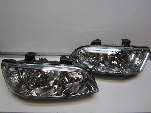 HOLDEN COMMODORE series 2 OMEGA BERLINA HEADLIGHTS PAIR NEW