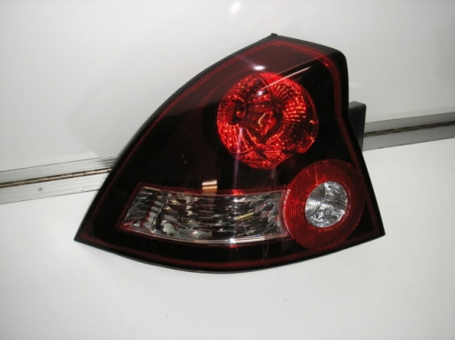 HOLDEN COMMODORE VY SS SV8 TAIL LIGHT SEDAN BRAND NEW LH