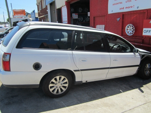 Holden Commodore VY EXECUTIVE V6 AUTO STATION WAGON WRECKING AUTO 1WHEEL NUT