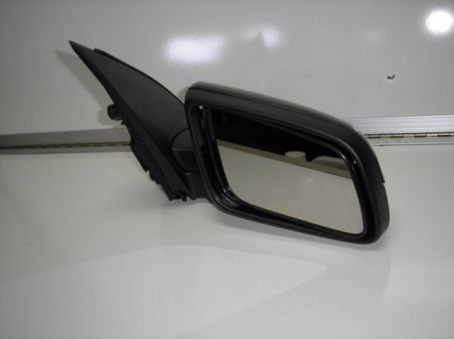 HOLDEN Commodore NEW GENUINE VE VE2 Electric Door Power Mirror New RH new