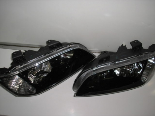 HOLDEN COMMODORE OMEGA SS SV6 BERLINA VE HEADLIGHTS PAIR NEW