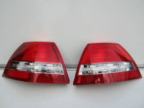 HOLDEN COMMODORE VE BERLINA TAIL LIGHTS BRAND NEW pair