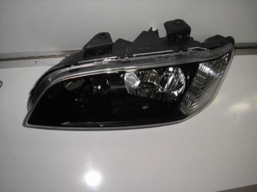 HOLDEN COMMODORE VE HEADLIGHT NEW LEFT OMEGA SS SV6 BERLINA