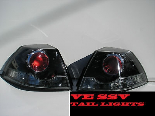 HOLDEN COMMODORE VE SSV SV6 TAIL LIGHTS BRAND NEW pair