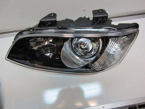 HOLDEN COMMODORE VE series 2 SSV CALAIS VE HEADLIGHT LEFT L/H LH SIDE