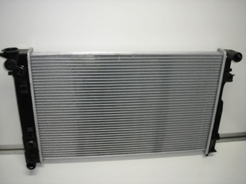 HOLDEN COMMODORE STATESMAN WK V6 RADIATOR BRAND NEW
