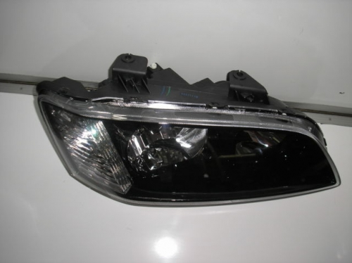HOLDEN COMMODORE GM GENUINE VE SS SV6 HEADLIGHT NEW RIGHT RH OMEGA driver side