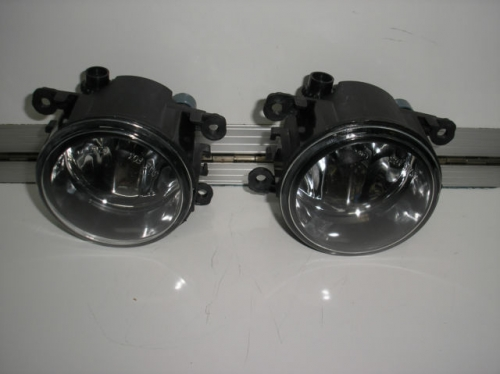 HOLDEN COMMODORE VE WM SS BERLINA CALAIS STATESMAN FOG LIGHTS pair brand new