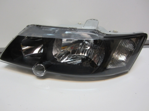 HOLDEN COMMODORE VY SS SV8 HEADLIGHT L/H NEW black vy ss head lamp passenger lh