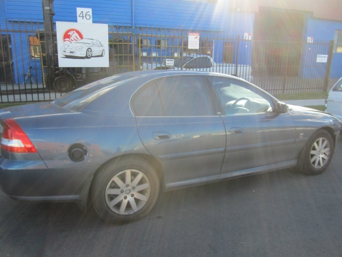 Holden Commodore Vy v6 auto berlina CURRENTLY WRECKING 1WHEEL NUT