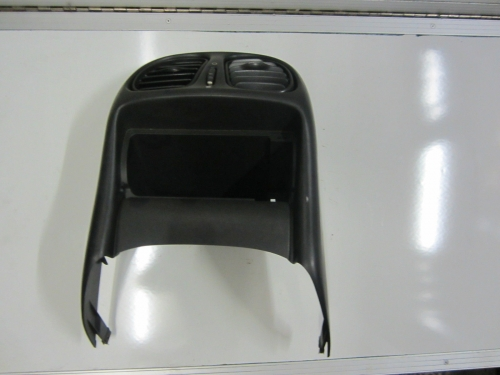 HOLDEN COMMODORE VT VX REAR CENTRE CONSOLE VENT