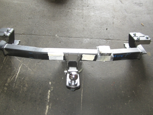 HOLDEN COMMODORE VE SS SV6 OMEGA SSV UTE TOW BAR HEAVY DUTY VE UTE TOW BAR NEW