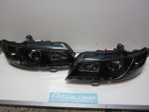 HOLDEN COMMODORE VY LED HEADLIGHTS HEAD LAMPS PAIR