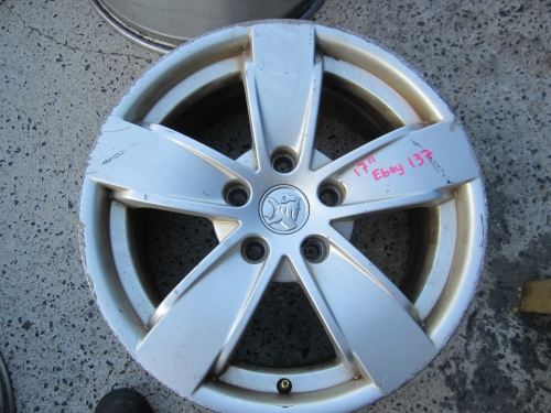 HOLDEN COMMODORE VY SS 17\'\' WHEEL X1