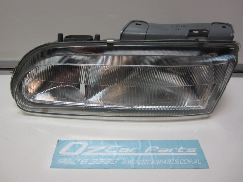 HOLDEN COMMODORE STATESMAN CAPRICE VR VS HEADLIGHT L/H NEW
