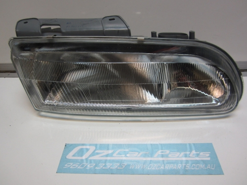 HOLDEN COMMODORE STATESMAN CAPRICE VR VS HEADLIGHTS RH NEW