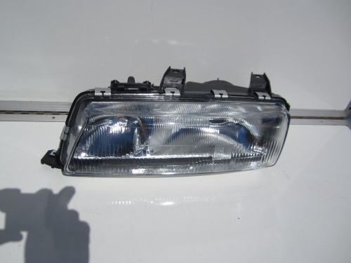HOLDEN COMMODORE VP HEADLIGHTS L/H PASSENGER SIDE LH brand new