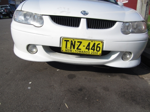 Holden Commodore VX SS WHITE CURRENTLY WRECKING