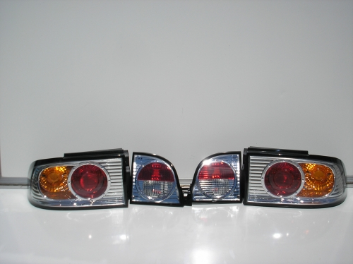 CHROME TAILLIGHTS