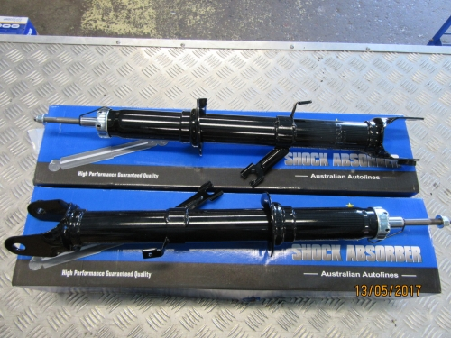 FORD TERRITORY SX SY SERIES 1 2WD FRONT SHOCK ABSORBER PAIR 2004-2007 NEW