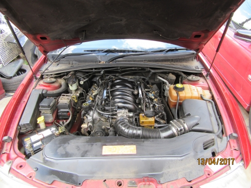 HOLDEN COMMODORE WH AUTO COMPLETE RUNNING GEAR V8 5.7 LITRE ENGINE V8 AUTO BOX