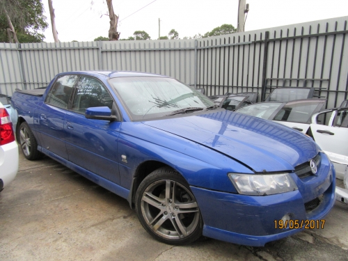HOLDEN COMMODORE VZ CREWMAN UTE V6 MANUAL WRECKING AUTO 1WHEEL NUT & Bonnets Doors Fuards Spoilers Bumber Bars - ozcarparts.com.au