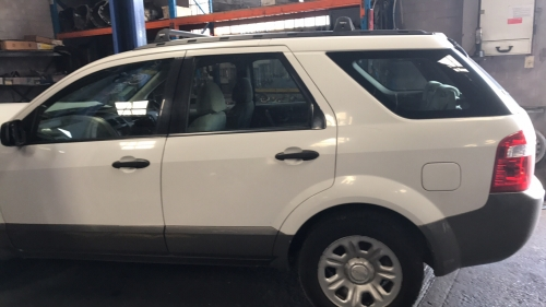 FORD TERRITORY AWD 7 SEATER TX 2005 white CURRENTLY WRECKING 1 WHEEL NUT