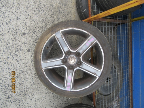 HOLDEN COMMODORE VL VN VP VR VS VT VX VY VZ WH WK WL Wheel 18\