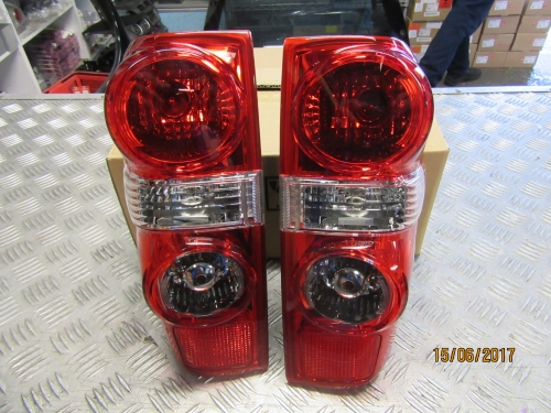 HOLDEN COLORADO RC 6/08-5/12 TAIL LIGHTS PAIR GENUINE