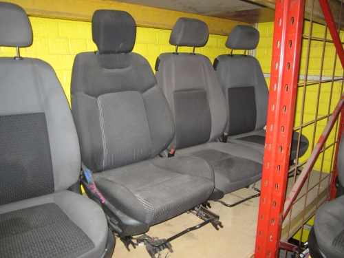 HOLDEN COMMODORE VE DRIVER SIDE SEAT RH R/H SIDE FRONT SEAT VE